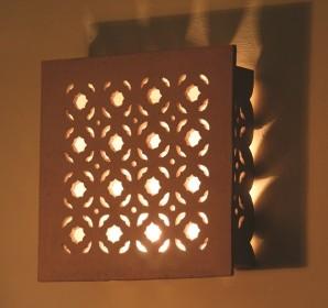בשבח האור, אפרת שבח, גופי תאורה מקרמיקה, בת עין
